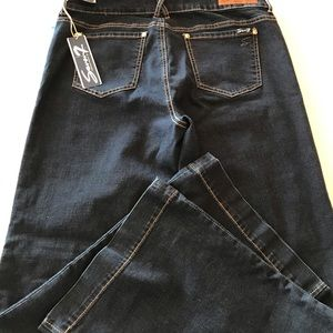 Seven7 flared Jeans NWT, sz 16.